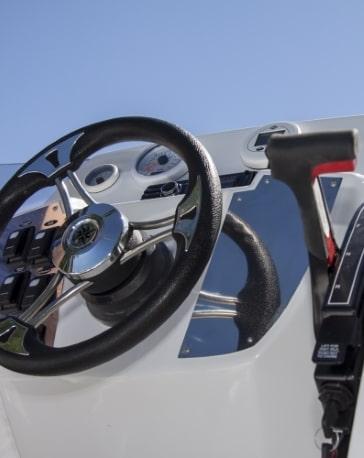 Bootsbatterien fuer elektrische Bootsantriebe